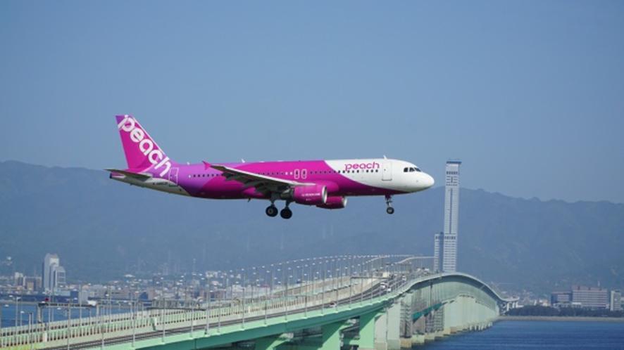 LCC(格安航空)のピーチ航空 旅行がさらにお得な「鉄道アクセスチケット」発売中